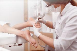 Traitement de la douleur par hypnoanalgésie par pédicure-podologue